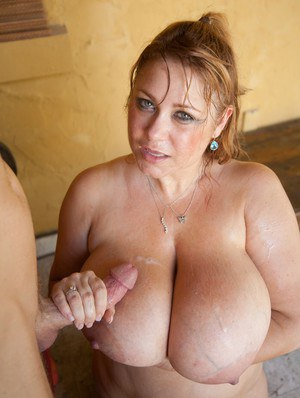 Cumming on grannies big natural tits