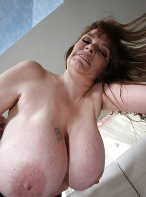 Big titts granny