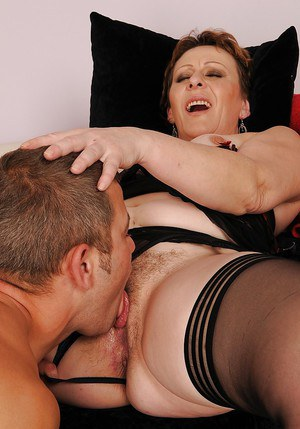 Free married innocent milf