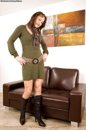 Mature granny in leather and boots - a photo on Flickriver