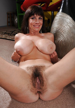 Hairy Granny Pics and Mature Sex Galleries -
