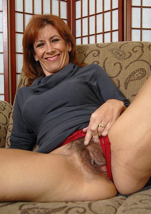 grannies big hairy hole