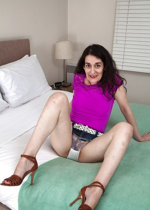 Ugly Granny Pussy 29