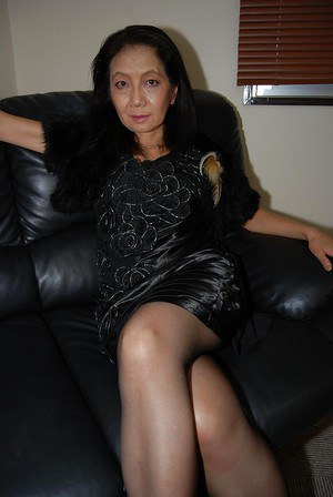Asian Granny Gallery 15