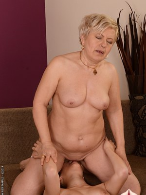 Lesbian Sits On Face 56