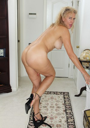 Free mature masterbation movies