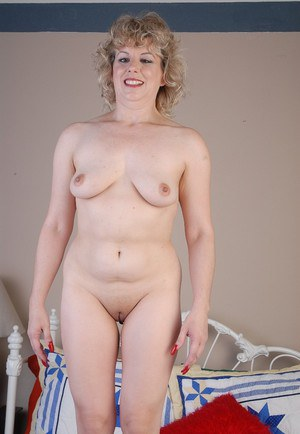 Mature milf strip tease