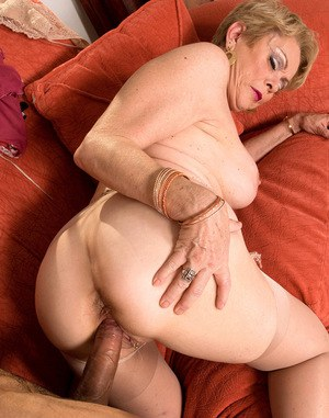 Big ass granny fucked really. was