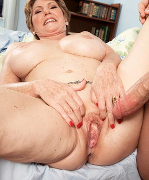 Mature women creampie for posting