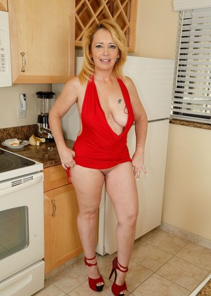 Hot blonde wearing sexy red lingerie 3